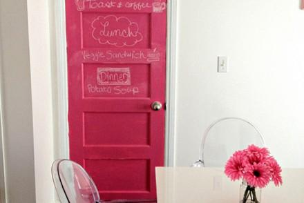 pink_chalkboard_door01
