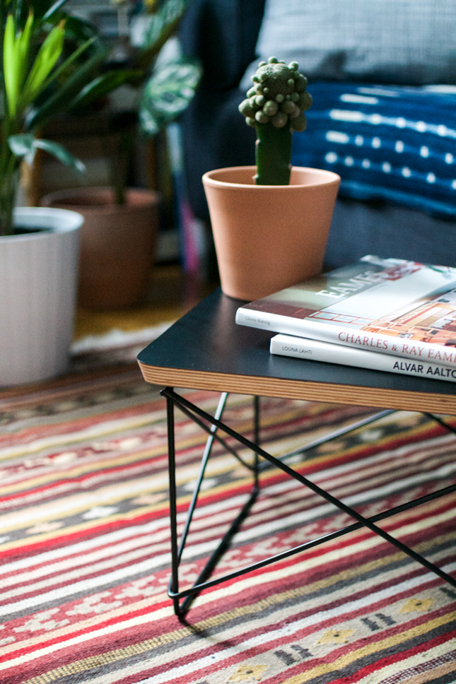 Black Beauty: Eames Occasional Table