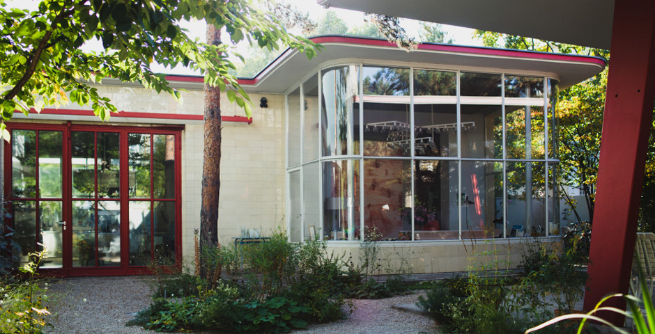 gas station conversion, creative Berlin homes, gas station turned into home