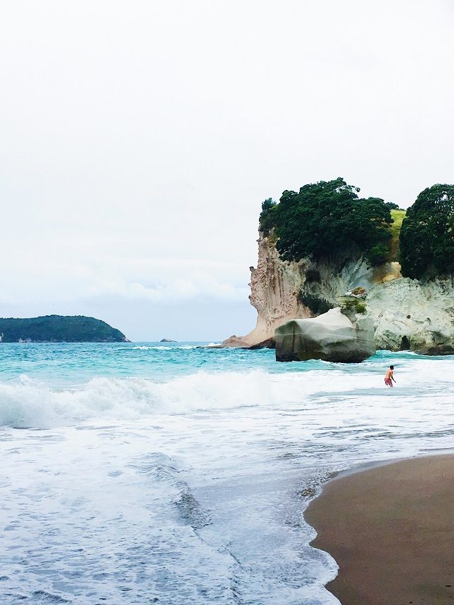New Zealand, travel blog, Coromandel, Hot Water Beach, Cathedral Cove, travel tips