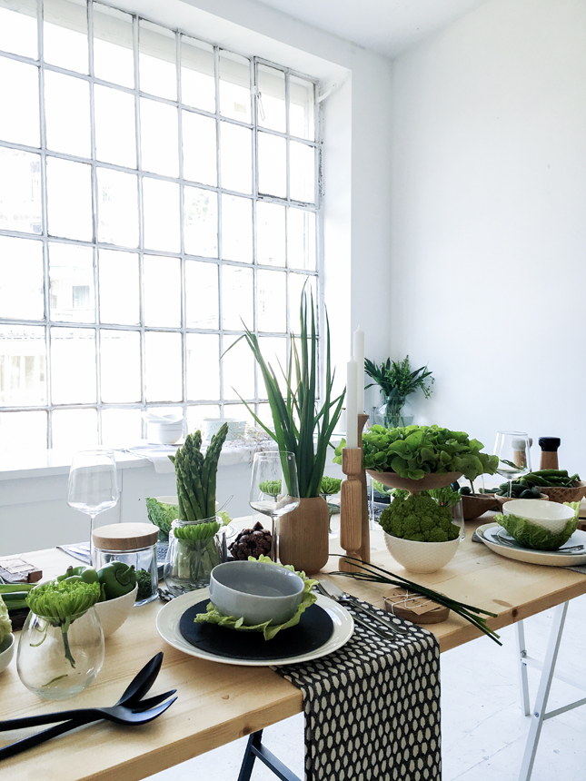 Tabletop styling with sch ner wohnen happy interior blog for Wohnung design magazin