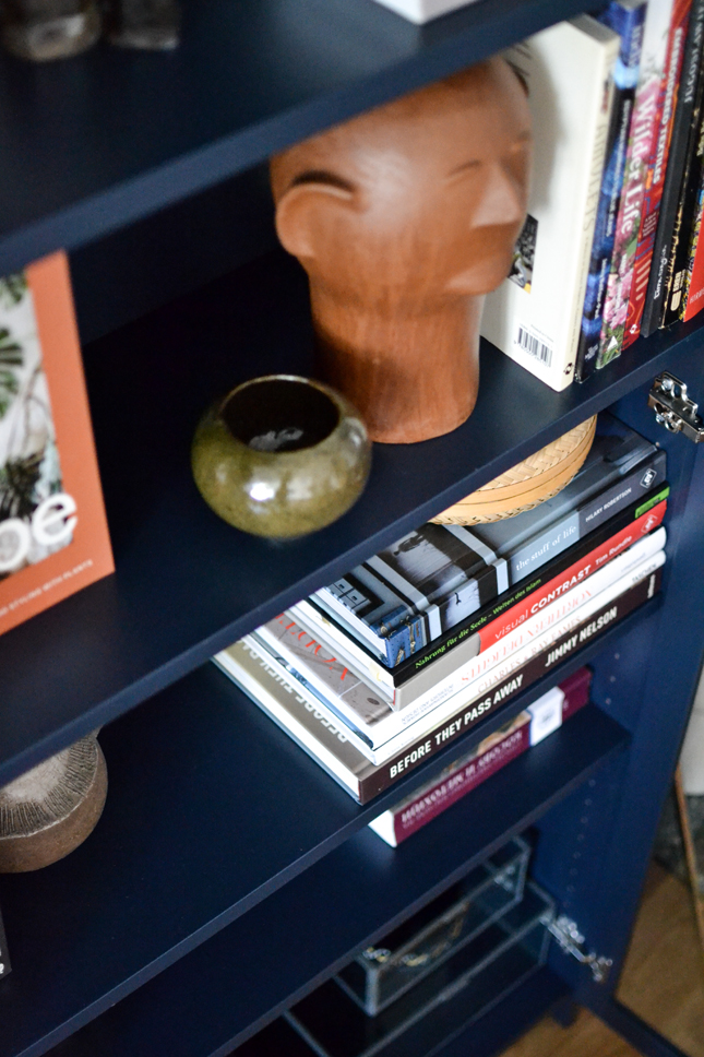 bookshelf, stay at home ideas, stay at home, style bookshelf, tips for styling bookshelves, interior decoration